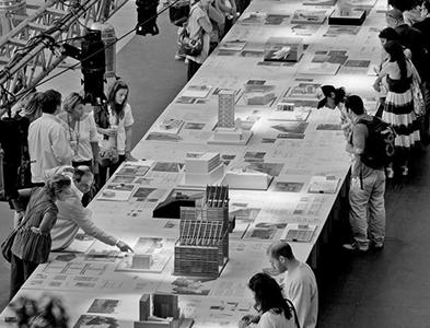 Workshop reúne a ochenta jóvenes en la XIX Bienal
